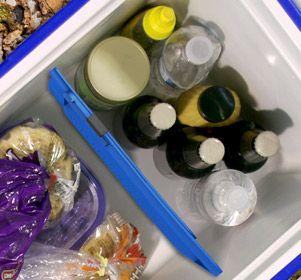 Tired of your food getting waterlogged due to melted ice?Are your frozen goods crushing your delicate food like bread and eggs? Keeping your cooler sorted and organized has never been easier. These snap into place in seconds and fit in all medium and large coolers. The cooler divider separates your food and keeps your cooler organized.