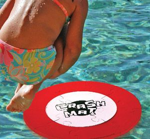 This soft foam target is a blast all summer long. Simply put together the puzzle target and smash it into as many pieces as you can. Fun at pool parties, the cottage, or just some fun in your backyard pool.